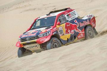El catarí Nasser Al Attiyah prueba las dunas de Lima