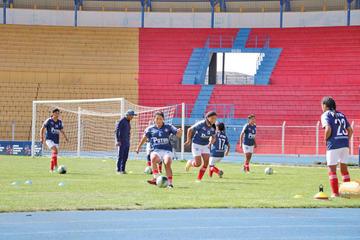 Selección de damas quiere frenar a Litoral en la Copa Estado Plurinacional de Bolivia