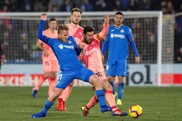 Barcelona sufre para vencer a Getafe