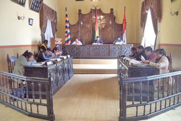 Concejales rechazan informe de presidencia por observaciones