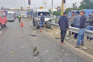 Cochabamba: colisión en una avenida deja un muerto y siete heridos
