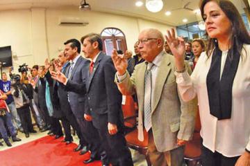 Cochabamba: posesionan a ocho secretarios municipales