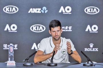 Djokovic y Federer abren torneo en Australia