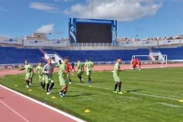 Nacional completa su equipo con Royón