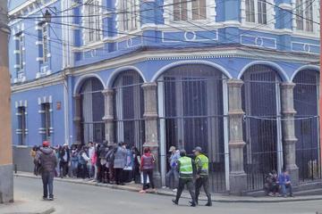 Advierten con sanciones si los colegios particulares no cumplen la norma