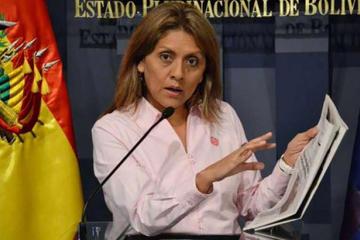 Fiscalía rechaza denuncia contra exministra López por difusión de encuesta