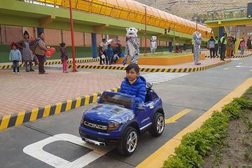 Morales entrega el parque vial infantil más grande de Bolivia