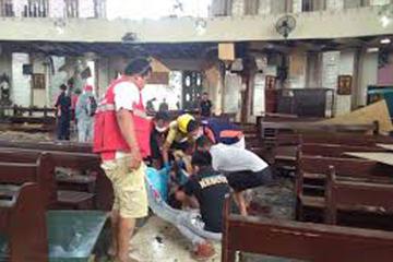 Explosión en templo causa 19 fallecidos en el sur de Filipinas
