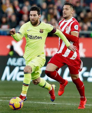 Barcelona gana y consolida su liderato