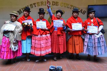 Cholitas escaladoras irán al monte Everest