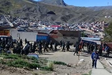 Operativo policial decomisa más de cinco toneladas de estaño en Huanuni
