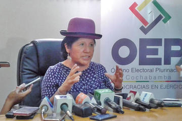 La presidenta del TSE plantea una auditoría al registro de militantes