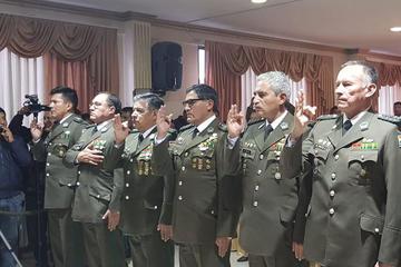 Posesionan a directores y a comandantes de los nueve departamentos