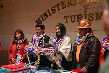 Promocionan el Carnaval Minero en todo el país