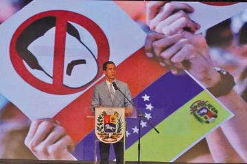 Juan Guaidó no descarta autorizar intervención militar de EE.UU.