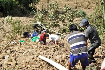 Confirman 18 muertos por los dos deslizamientos de Caranavi
