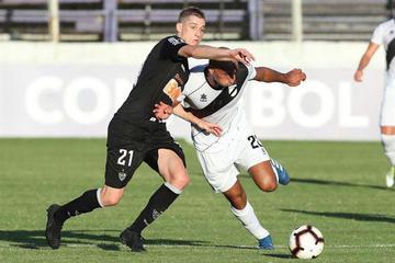 Mineiro busca su pase ante Danubio