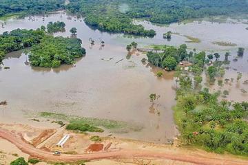 Declaran alerta naranja y roja por lluvias y crecida de ríos en Bolivia