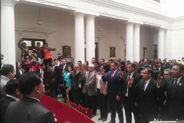 Posesionan a 30 nuevos vocales que ocuparán 22 salas constitucionales