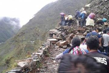 Suspenden viajes a Yungas por rehabilitación de vías