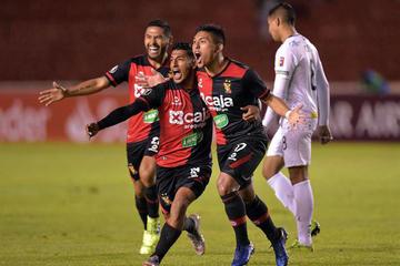 Melgar vence a Caracas en la ida