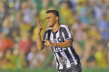 Botafogo repite la dosis ante Defensa y Justicia