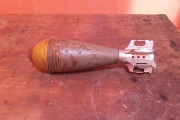 Hallan granada de guerra de alto  poder destructivo en una casa