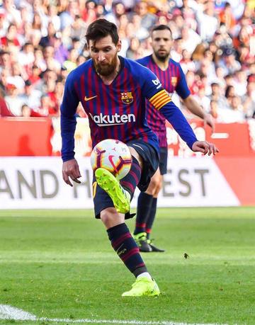 Barza vence a Sevilla y afianza su liderato