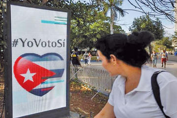 Más de 6.7 millones de cubanos votan en referendo constitucional