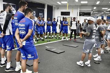 Un Santos urgido de victoria recibe a River para avanzar en la Sudamericana