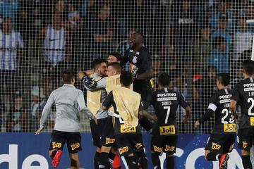 Corinthians elimina a Racing