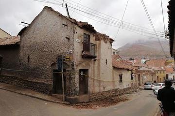 Buscan  expropiar casa de Armando Alba