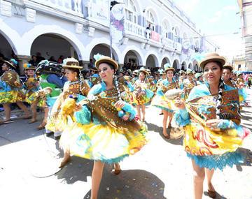 Carnaval de Oruro movió millones