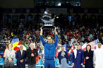 Roger Federer se corona campeón en Dubái