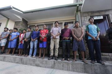 Aprehenden a 10 comunarios por emboscada a agentes de Umopar