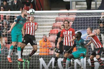 Southampton agudiza la crisis de Tottenham
