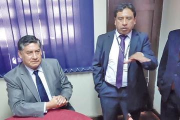Fiscales revelan amenazas por indagar a exjefe policial