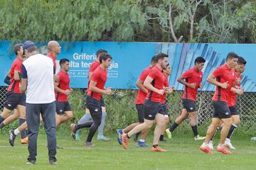 Wilster va por los puntos a Curitiba