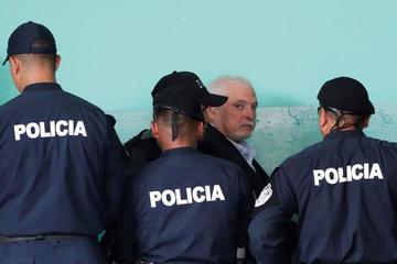 Supuesta depresión de Martinelli interrumpe juicio por espionaje