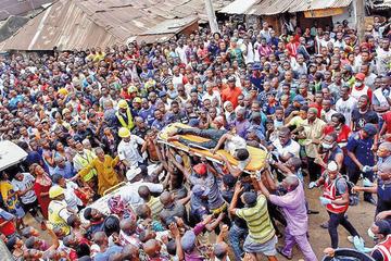 Derrumbe de edificio en Nigeria  provoca 12 personas fallecidas