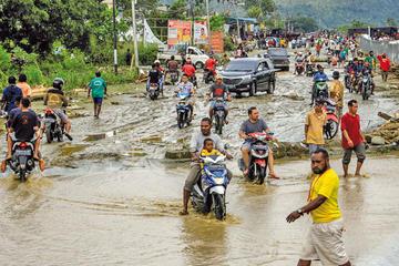 Inundaciones en Indonesia dejan más de 50 fallecidos