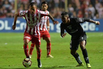 Unión gana 2-0 a Independiente