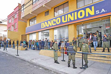 Imputan a cinco exfuncionarios del Banco Unión por desfalco
