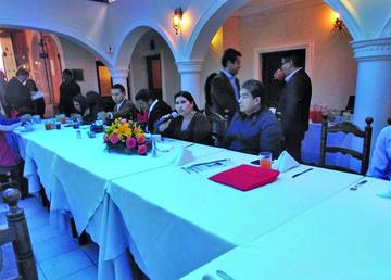 Postulan diversificar producción para el desarrollo de Potosí