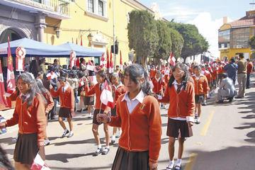 Desfile escolar tendrá 65 unidades educativas en homenaje al 1º de Abril