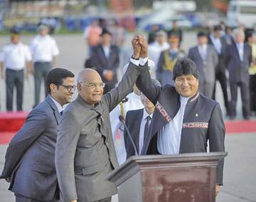 Bolivia y la India buscan acrencentar su relación comercial en encuentro