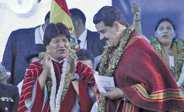 Evo niega que Bolivia este aislada por apoyo a Maduro