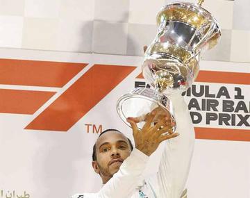 Hamilton gana el Gran Premio de Baréin
