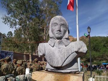 Localidad de Tumusla recibe agua y busto de su héroe
