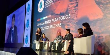 Latinoamérica debe acelerar inversión en agua potable y saneamiento